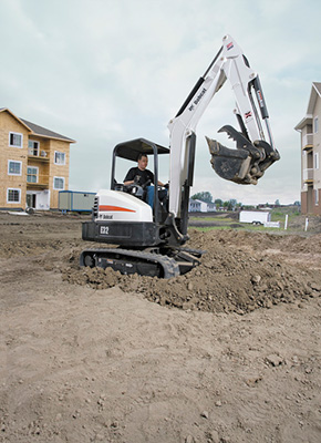 Mini_Excavator_Bobcat_E32_ENV_071410